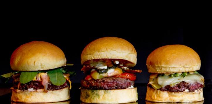 25-Degrees-Burger3.jpg